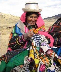 Voyage et Tourisme au Pérou - Tisseuse péruvienne